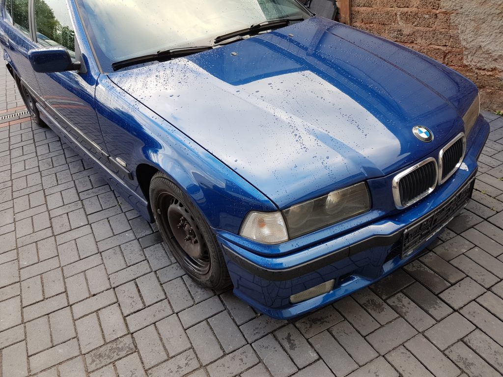 Restauration Bmw E36 316i Limousine Avus Blau